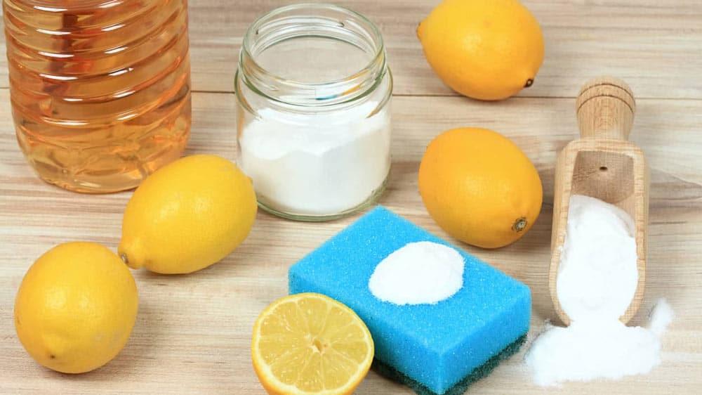 Pulizia con Aceto Limone e Bicarbonato