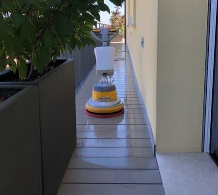 pulizia-terrazzo-casalecchio-di-reno